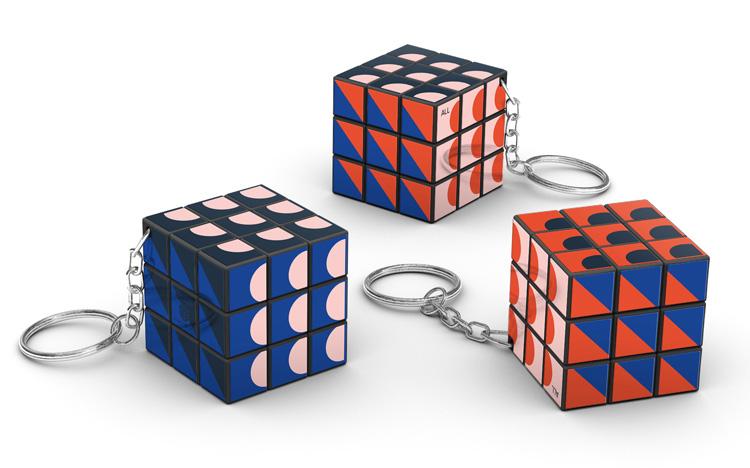 Rubik's 3x3 keychain - Warby Praker